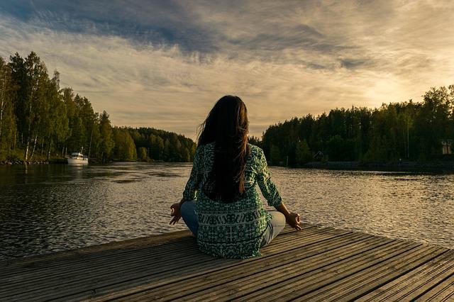 žena, meditace